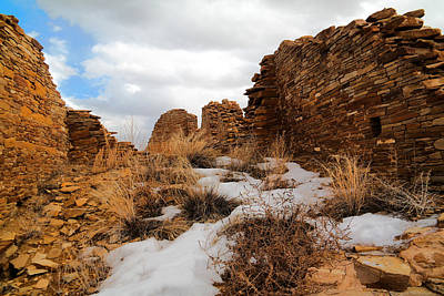 Chaco Canyon Photograph - Chaco Canyon Ruins by Jeff Swan
