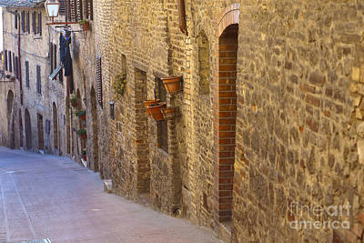 Streets Of San Gimignano Print by Andre Goncalves