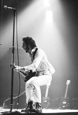 Townshend Photograph - The Who's Pete Townshend 1972 by Chris Walter
