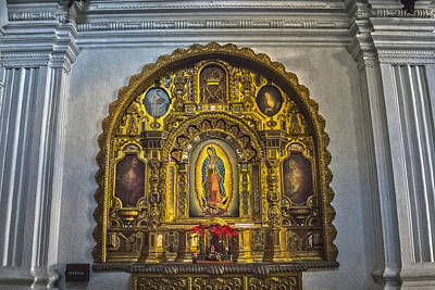 Mexicano Photograph - Virgen De Guadalupe by Totto Ponce