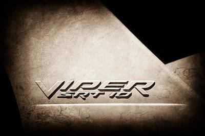 2006 Photograph - 2006 Dodge Viper Srt 10 Emblem -0062s by Jill Reger