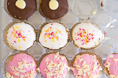 Cup Cakes Photograph - Cup Cakes by Tom Gowanlock