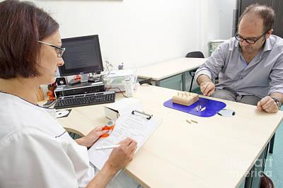Dexterity Photograph - Multiple Sclerosis, Consultation by Fr�d�rik Astier