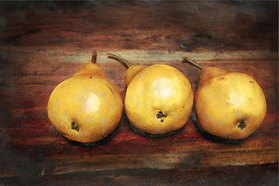 3 Pears On A Wooden Table Original by Julius Reque