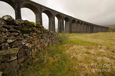 Ribblehead Viaduct Print by Stephen Smith