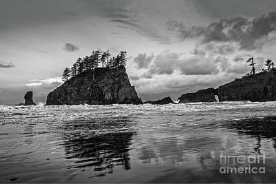 Second Beach In Olympic National Park Located In Washington Stat Print by Jamie Pham