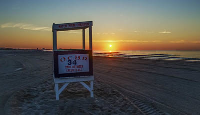 Seascape Photograph - 34th Street Ocean City by Bill Cannon