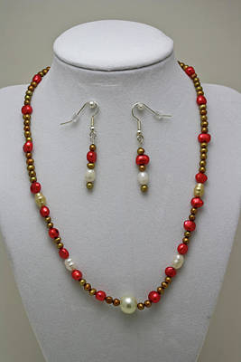 3539 Pearl Necklace And Earring Set Original by Teresa Mucha