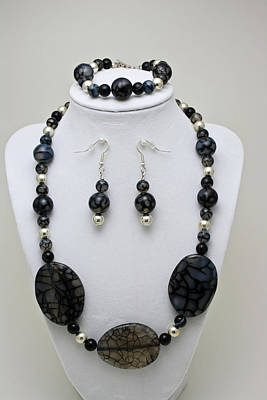 3548 Cracked Agate Necklace Bracelet And Earrings Set Original by Teresa Mucha