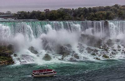 Haze Photograph - Niagara Falls by Martin Newman