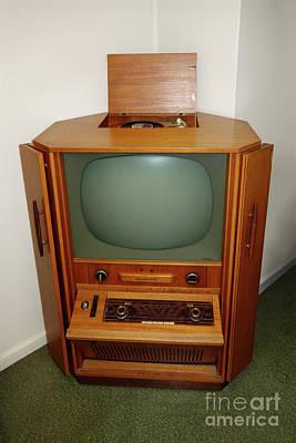 60es Tv Cabinet Print by Ladi Kirn