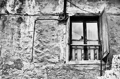 Old Window Print by Tom Gowanlock