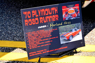 Road Runner Painting - 70 Plymouth Road Runner by Lanjee Chee