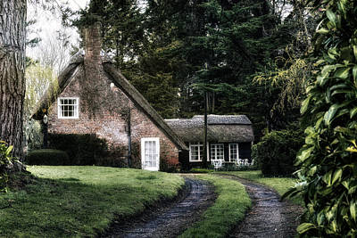 Haus Photograph - New Forest - England by Joana Kruse
