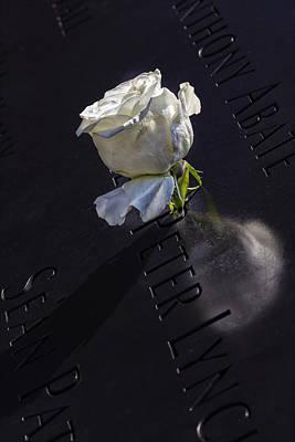Flower Memorial Photograph - 9_11 Memorial Nyc by Robert Ullmann