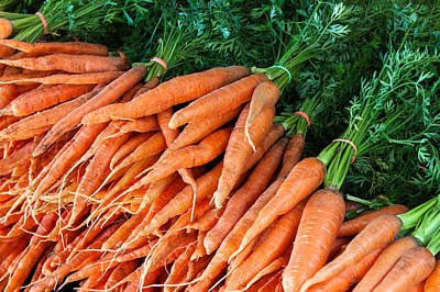 A Bunch Of Carrots Print by Todd Klassy
