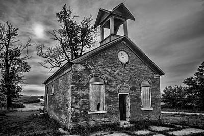 A Crumbling One Room School House Amongst The Cornfields Print by Sven Brogren