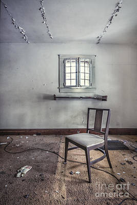 Destruction Photograph - A Room For Thought by Evelina Kremsdorf