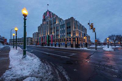 Syracuse Ny Photograph - A Syracuse Beacon by Everet Regal