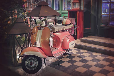 Classic Cycle Photograph - A Taste Of Italy by Carol Japp