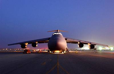 A U.s. Air Force C-5 Galaxy Aircraft Print by Everett