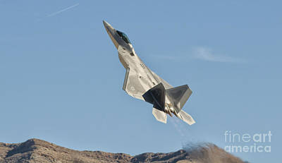 Photograph - A U.s. Air Force F-22 Raptor Takes by Giovanni Colla