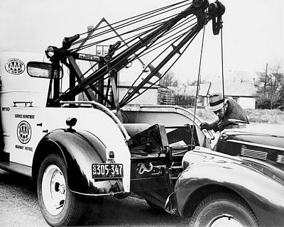 Aaa Tow Truck Print by Underwood Archives