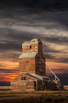 Abandoned Grain Elevator On The Prairie Print by Randall Nyhof