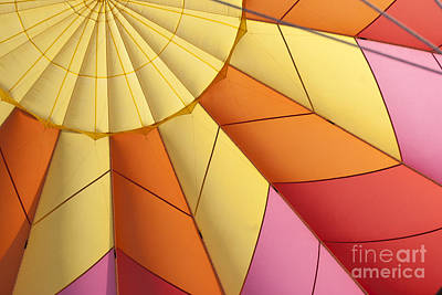 Abstract View Of Hot Air Balloon Print by Juli Scalzi