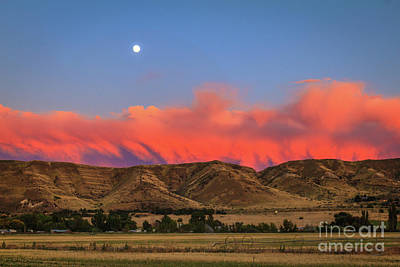 Afterglow Over The Foothills Print by Robert Bales