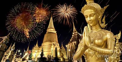 Amazing Thailand Print by Anek Suwannaphoom