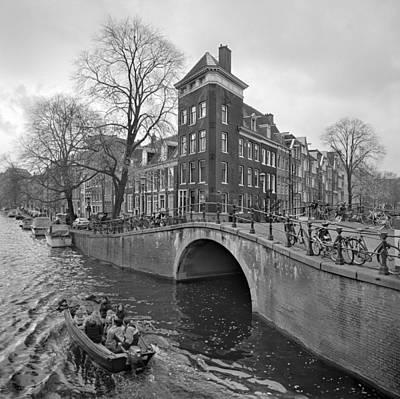 Cityscape Photograph - Amsterdam - Canal Boat And Bridge by Art Baciar