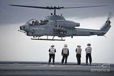 Cobra Painting - An Ah-1w Super Cobra by Celestial Images