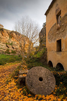 Old Mills Photograph - An Old Mill Wheel Outside An Old Flour by Panoramic Images