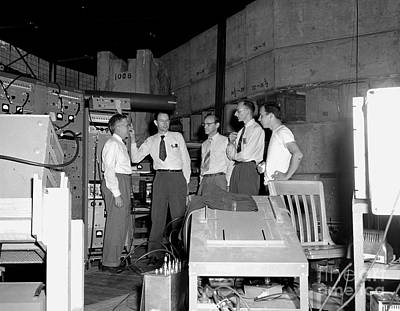 Gino Photograph - Antiproton Discovery Team, 1955 by Science Source