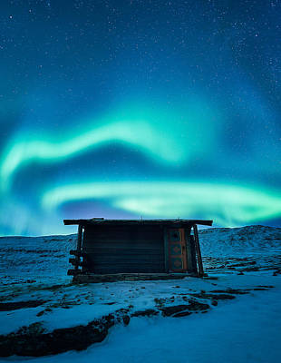 Cabin Photograph - Arctic Escape by Tor-Ivar Naess