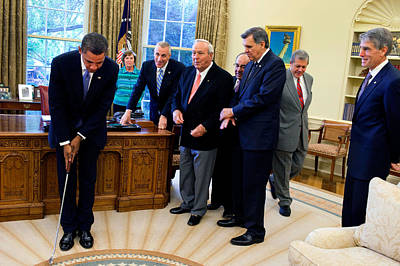 Arnold Palmer In The Oval Office With Barack Obama Print by Samantha Appleton