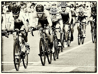 Bicycle Race Photograph - Art Of The Athlete 5 by Bob Christopher