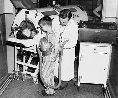 At The Height Of A Polio Epidemic, Dr Print by Everett