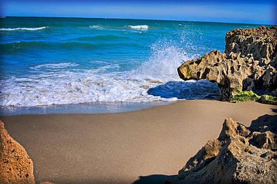 Atlantic Beach Print by Robert Smith