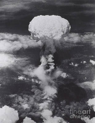 Atomic Bomb, Hiroshima, 1945 Print by Science Source