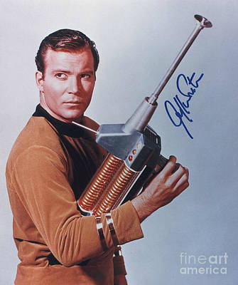 Captain Kirk Painting - Autographed William Shatner Portrait by Pd