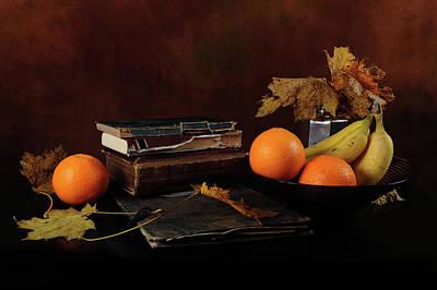 Photograph - Autumn Reads by Randi Grace Nilsberg