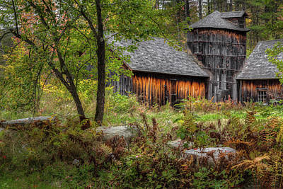 New England Barns Photograph - Autumn Rustic 2016 by Bill Wakeley