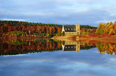 Autumn Sunrise At Wachusett Reservoir Print by Luke Moore
