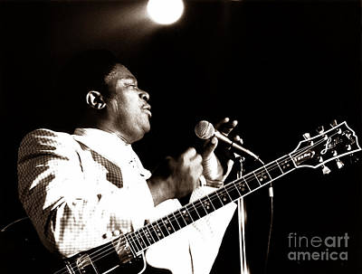 B B King And Lucille 1978 Print by Chris Walter