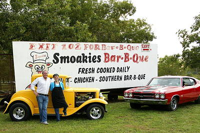 Que Photograph - Bar-b-que And Hot Rods by Danny Jones