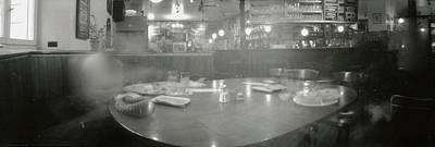 Loose Style Photograph - Bar by Marcio Faustino
