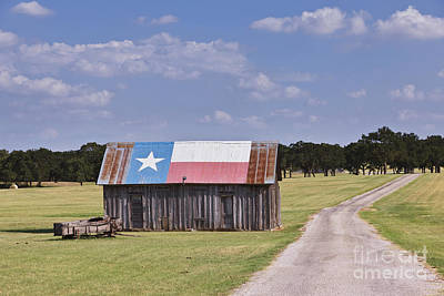 Dirt Roads Photograph - Barn Painted As The Texas Flag by Jeremy Woodhouse