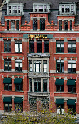 Architecture Photograph - Barnes And Noble Union Square  by Sandy Taylor